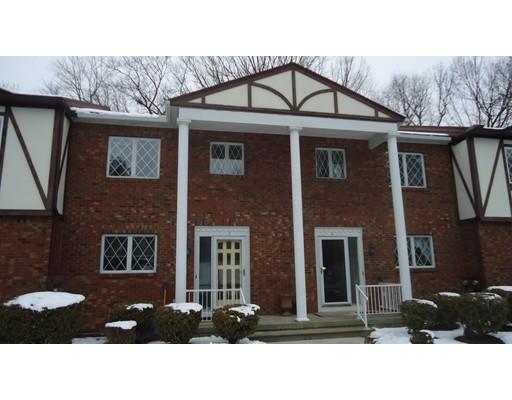 Condominio por un Venta en 43 West Summit Street South Hadley, Massachusetts 01075 Estados Unidos