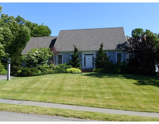 15  Valley View Dr.,  South Hadley, MA