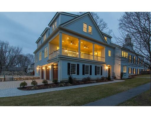 独户住宅 为 销售 在 386 Main Street 386 Main Street 欣厄姆, 马萨诸塞州 02043 美国