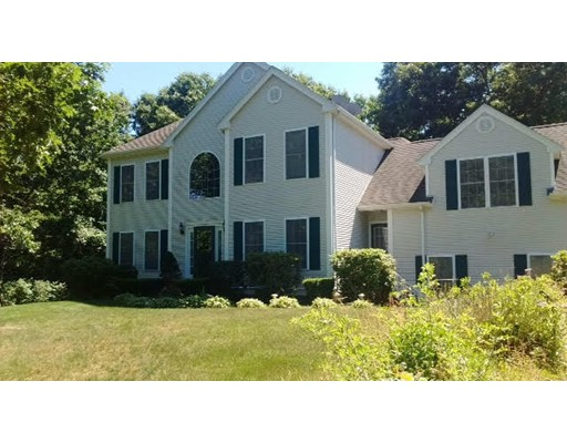 95  Harness Ln,  Braintree, MA