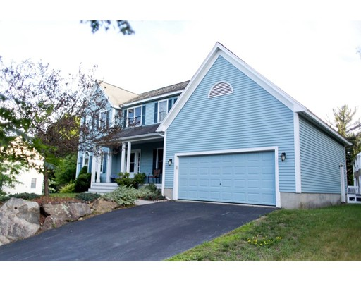 4  Holly Ln,  Beverly, MA