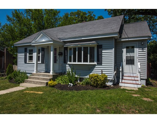 11  Norfolk Rd,  Braintree, MA
