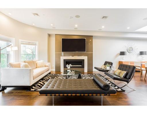 Condominium/Co-Op for sale in 431 Marlborough Street Back Bay, Boston, Suffolk