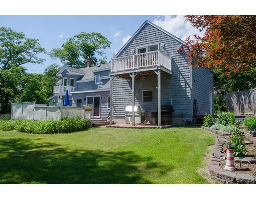 41 Englewood Rd, Gloucester, MA 01930