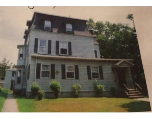 Casa Multifamiliar por un Venta en 239 High Street 239 High Street Fall River, Massachusetts 02720 Estados Unidos