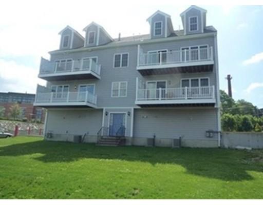 Condominio por un Venta en 271 Draper Street Fall River, Massachusetts 02724 Estados Unidos