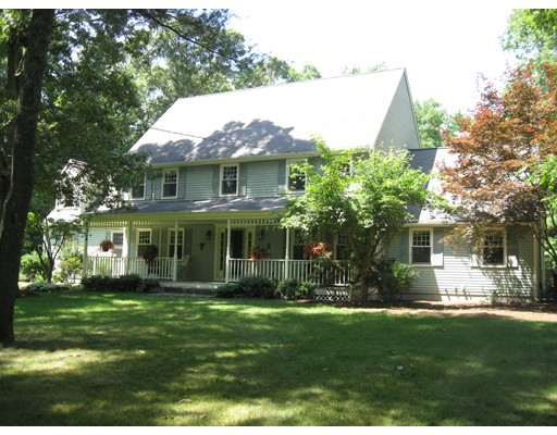 8  ABBEY ROAD,  Walpole, MA