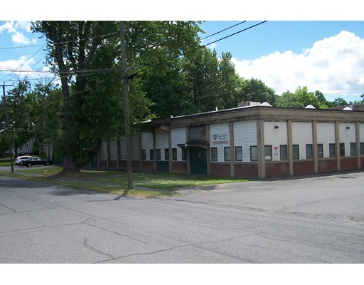 商用 为 销售 在 38 Haywood Street 38 Haywood Street Greenfield, 马萨诸塞州 01301 美国