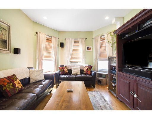 Additional photo for property listing at 37 Saxton 37 Saxton Boston, Массачусетс 02125 Соединенные Штаты