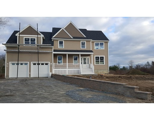 Single Family Home for Sale at 1476 North Main Street Acushnet, Massachusetts 02743 United States