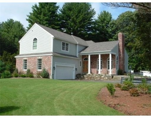 Additional photo for property listing at 47 Walpole Street  Dover, Massachusetts 02030 Estados Unidos