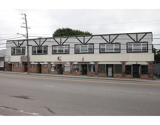 Commercial pour l Vente à 1100 County Street 1100 County Street Somerset, Massachusetts 02726 États-Unis