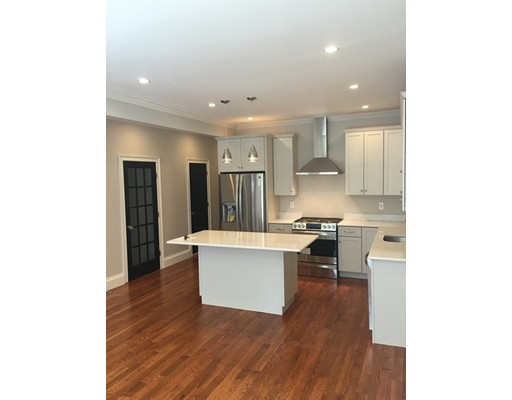Property Of 712 E 5Th Street