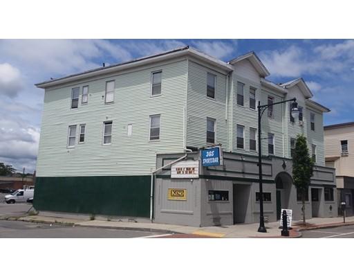 Maison avec plusieurs logements pour l Vente à 148 Millbury 148 Millbury Worcester, Massachusetts 01610 États-Unis
