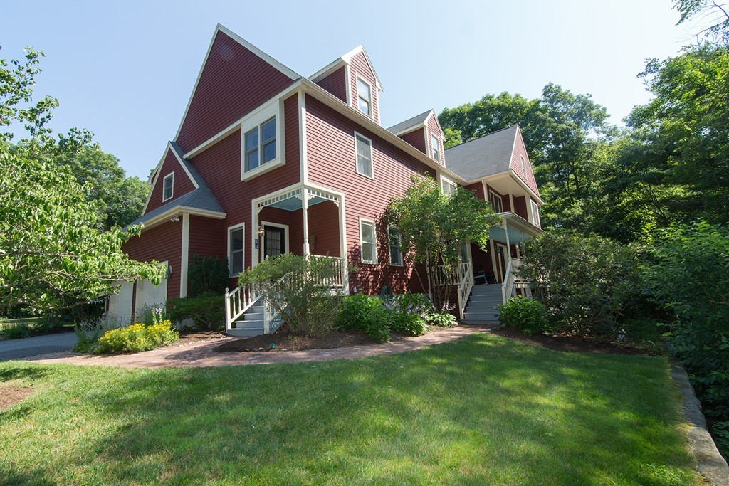 $749,000 - 4Br/3Ba -  for Sale in Holliston