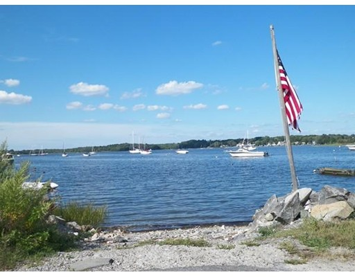 Additional photo for property listing at Kickemuit Avenue  Bristol, Rhode Island 02809 Estados Unidos