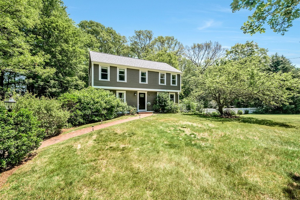 $589,000 - 4Br/3Ba -  for Sale in Holliston