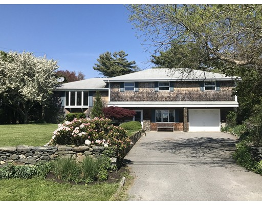 Single Family Home for Sale at 116 S Of Commons Road Little Compton, Rhode Island 02837 United States