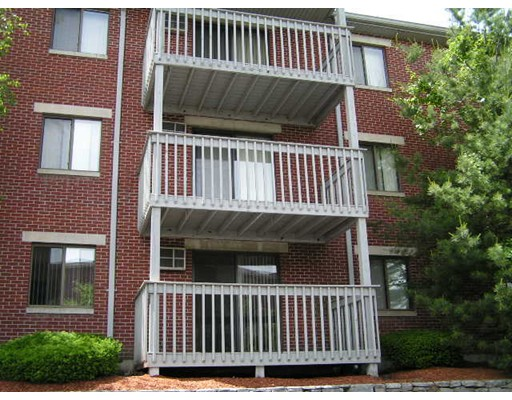 Additional photo for property listing at 1001 Westford Street  Lowell, 马萨诸塞州 01852 美国