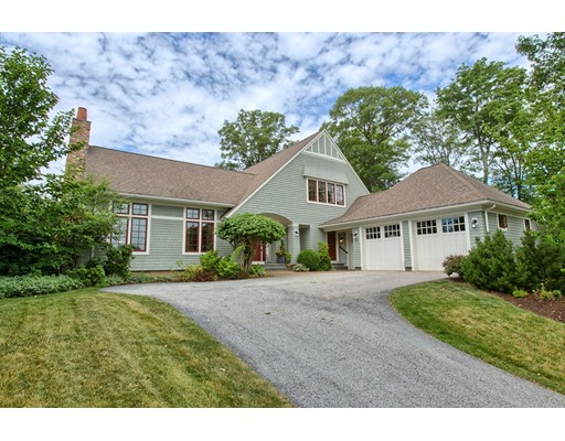 Single Family Home for Sale at 40 Buttonwood Lane Ipswich, Massachusetts 01938 United States