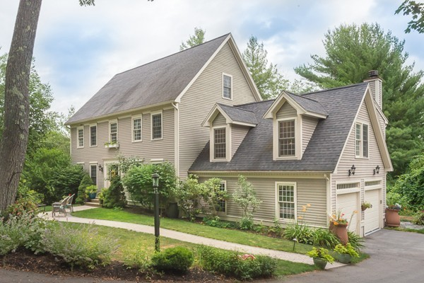Property for sale at 433 Wethersfield Road, Rowley,  MA 01969