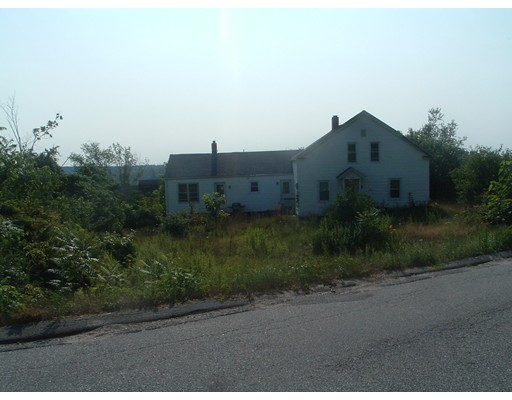 36 King St, Monson, MA 01057