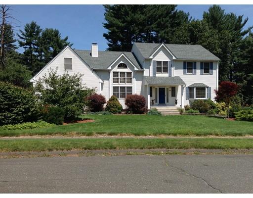 Maison unifamiliale pour l Vente à 49 Cardinal Lane Westfield, Massachusetts 01085 États-Unis