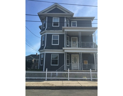 Additional photo for property listing at 211 McGowan  Fall River, Massachusetts 02723 Estados Unidos
