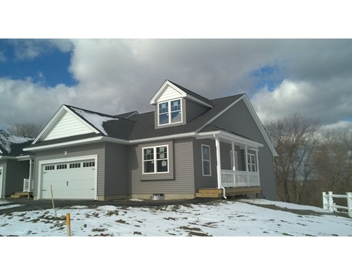 Additional photo for property listing at 4 Stratford Village Drive  Millbury, Massachusetts 01527 Estados Unidos