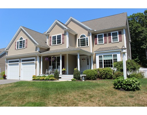 Single Family Home for Sale at 4 Crystal Lane Millis, Massachusetts 02054 United States
