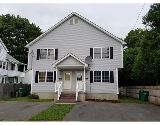 Casa Unifamiliar por un Venta en 84 Beverly Street Chicopee, Massachusetts 01013 Estados Unidos