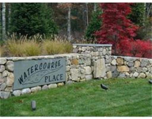 土地 为 销售 在 28 Watercourse Place 普利茅斯, 马萨诸塞州 02360 美国