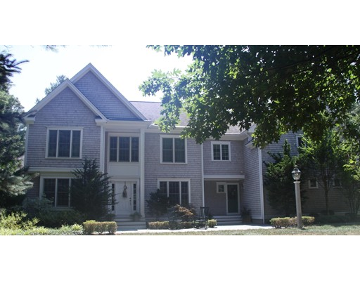 Casa Unifamiliar por un Venta en 25 Hitching Post Road Lakeville, Massachusetts 02347 Estados Unidos