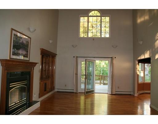 Additional photo for property listing at 229 Hathaway Street  Wareham, Massachusetts 02571 Stati Uniti