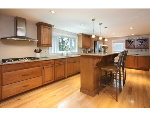 31  Tinson Rd,  Quincy, MA