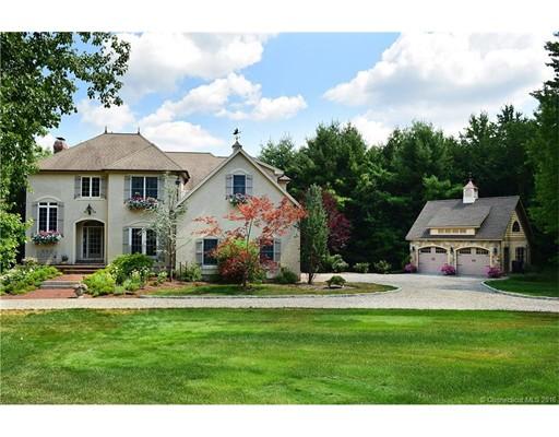 Частный односемейный дом для того Продажа на 56 Brittany Lane Somers, Коннектикут 06071 Соединенные Штаты