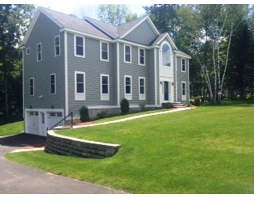独户住宅 为 销售 在 344 River Road 安德沃, 马萨诸塞州 01810 美国