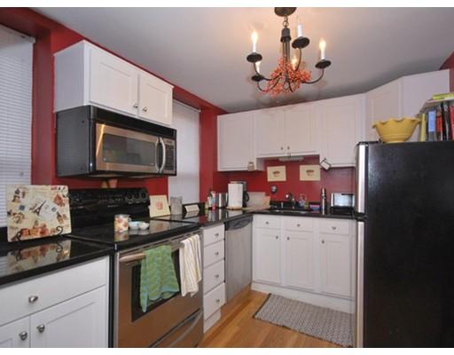 Additional photo for property listing at 138 Prince Street 138 Prince Street Boston, Массачусетс 02109 Соединенные Штаты