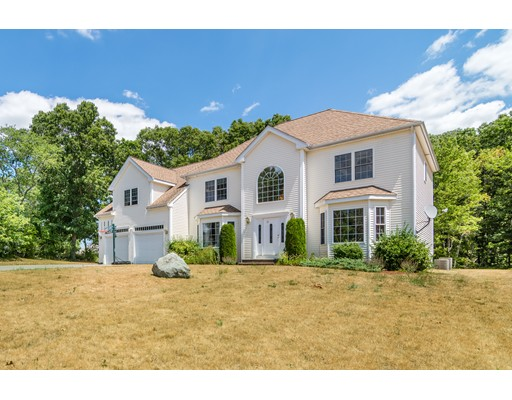 Single Family Home for Sale at 24 Worcester Place Holbrook, Massachusetts 02343 United States