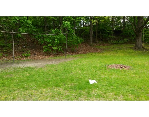 40 Maple St, Athol, MA 01331