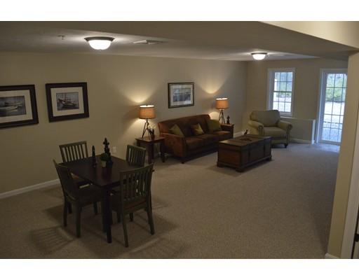 Condominio por un Venta en 74 Liberty Circle Hanson, Massachusetts 02341 Estados Unidos