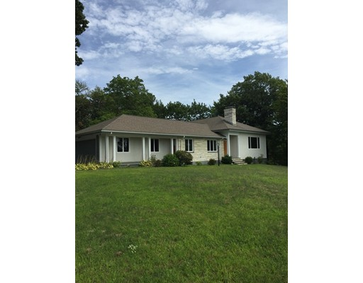 Additional photo for property listing at 15 Lathrop Road  Wellesley, Massachusetts 02482 Estados Unidos