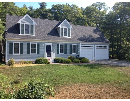 Casa Unifamiliar por un Venta en 28 Heather Hill Road Bourne, Massachusetts 02532 Estados Unidos