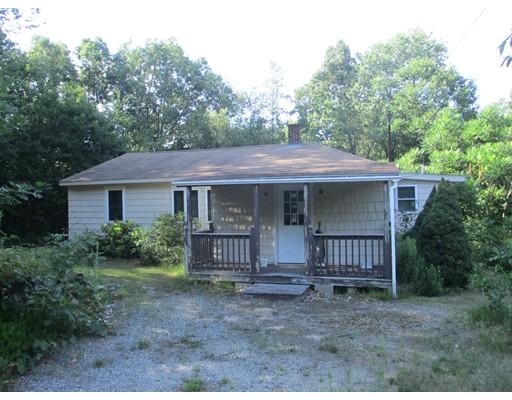 Single Family Home for Sale at 106 H K Davis Road Charlton, Massachusetts 01507 United States
