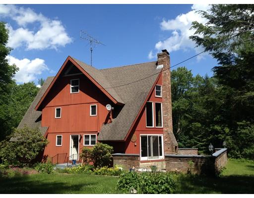Частный односемейный дом для того Продажа на 3120 Shelburne Falls Road Conway, Массачусетс 01341 Соединенные Штаты