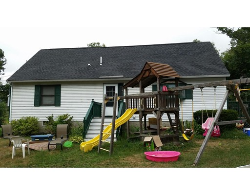 Additional photo for property listing at 42 Wainwright Avenue  Haverhill, Massachusetts 01835 Estados Unidos