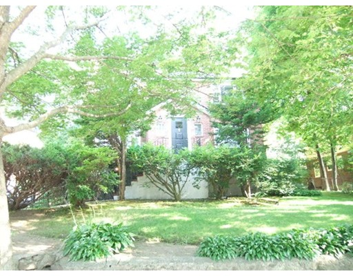 Additional photo for property listing at 22 Frederick Street  Newton, Massachusetts 02460 United States