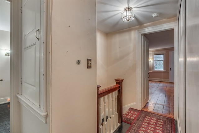 Photo #1 of Listing 914 Hale St.