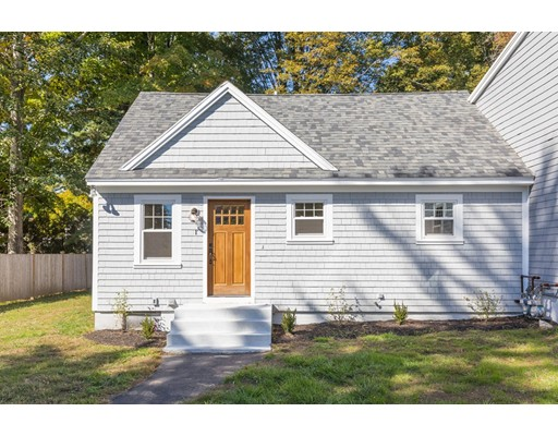 18  Elmira Ave,  Newburyport, MA