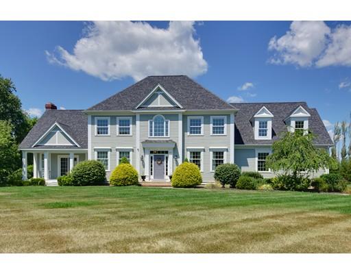 独户住宅 为 销售 在 221 Ball Street 诺斯伯勒, 马萨诸塞州 01532 美国
